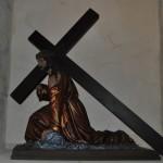 Escultura Cristo con la Cruz a cuestas